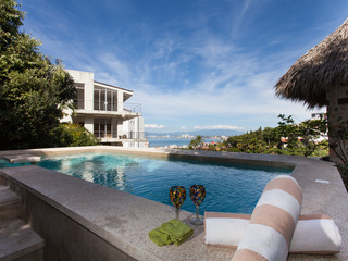 CASA HORTENCIAS- 3 bed, 3 bath, private pool