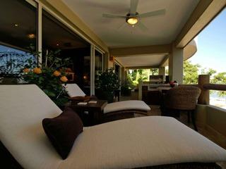 CASA ROMANTIQUE- 2 king bedroom and 2 baths, pool