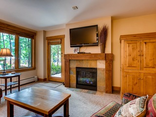 *Large* 3br/3ba Condo Springs~Close to slopes~Kids Ski Free!