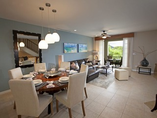 Pacifico Townhouse 202