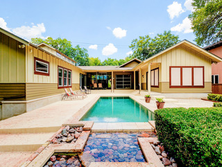 Modern 4BR w/ Pool & Covered Patio- Walk to SoCo