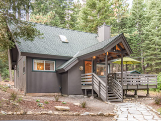 3BR Cabin in the Woods, Near Beach