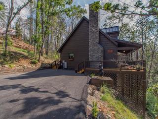450 Black Bear Cabin