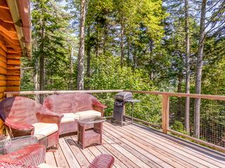 Sprucewold Log Cabin