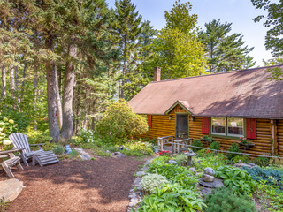 Cozy 1BR Sprucewold Log Cabin