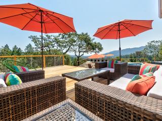 3BR Vineyard Estate, Pool & Hot Tub
