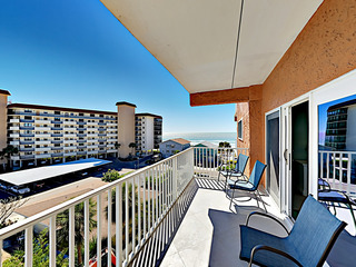 Updated Condo w/ Pool & Gulf Views, Walk to Beach