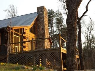 Hunters' Lodge - image