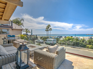 Luxe 3BR/3.5BA Beachfront w/ Expansive Ocean Views