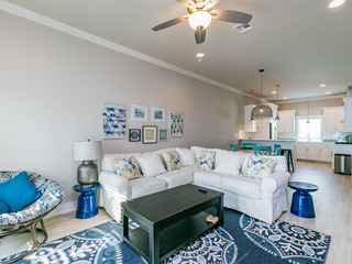 High-End 3BR Townhouse on the Canal