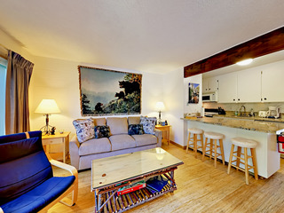 2BR at the Center of Everything