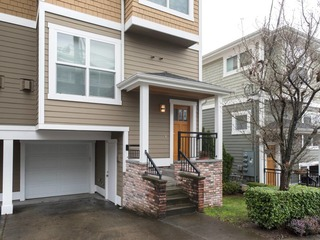 806 3rd Ave N Townhouse