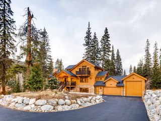 5BR/5.5BA w/ Hot Tub & Pool Table- Near Slopes