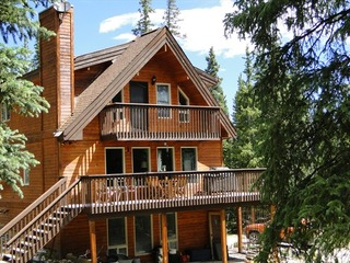 Whispering Pines Chalet
