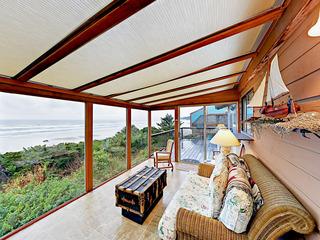 3BR Beachfront Home w/ Sun Room & Deck
