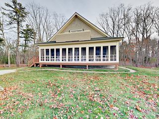 Ocean-View 4BR w/ Screened Porch- Walk to Wiscasset