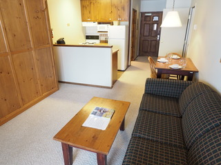 Apex Mountain Inn 1 BDRM Suite 103-104