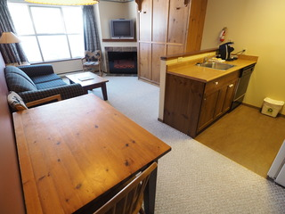 Apex Mountain Inn 1 BDRM Suite 207-208