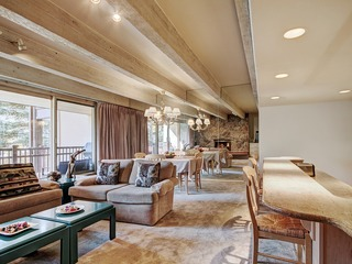 Tranquil 2Br Condo next to Eagle River in the Heart of Vail
