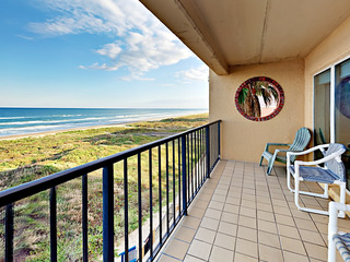 Oceanfront 2BR w/ Pool & Hot Tub