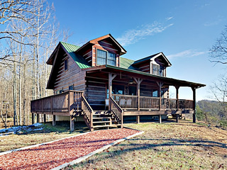 3BR Doolittle Mountain Cabin w/ Hot Tub & Views