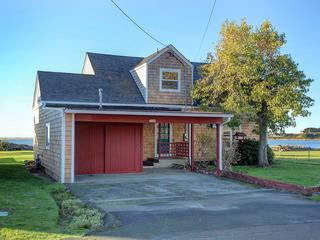 Estuary Cottage House 2540