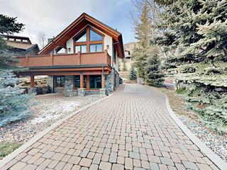 2319 Chamonix Ln Home
