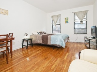 Large studio on Upper East Side (min. 30 days) - image