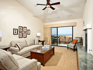 2BR Gorgeous Oceanview Condo SBTC336- Paradise Awaits!