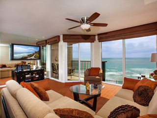1BR Gorgeous Oceanfront Condo DMST38