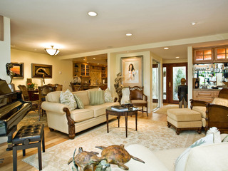 SUR15- Beautifully Decorated Condo 2 BR Close To Beach