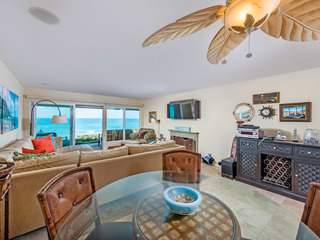 Time for a trip to the beach! 2BR Oceanfront Condo- CHAT4