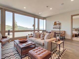 Luxury 5Br/5.5Ba Condo with Stunning Views