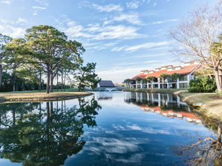 2BR Edgewater Golf Getaway