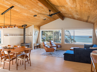 Beachside 3BR w/ 3 Decks, Fire Pit & Fireplace
