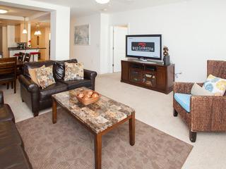 B302 Amazing Ocean Condominium
