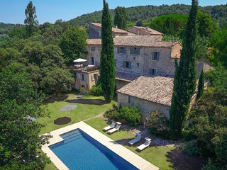 Luberon, Former Benedictine Abbey, Now Chic Villa with Pool - image