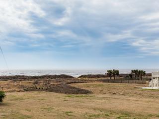 Gulf-View 6BR w/ Wraparound Porch- Walk to Beach