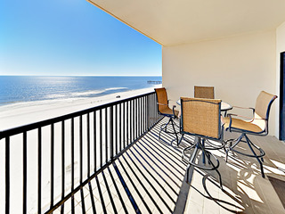 8th-Floor 3BR Condo w/ Gulf Views