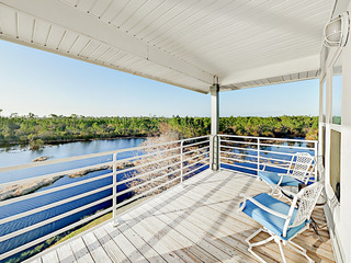 Lakefront 3BR w/ Pool, Pier & Beach