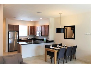 *NEW* 2 Bed Regal Oaks with Lakeview
