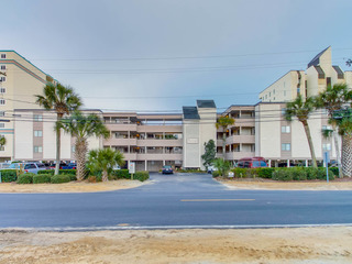 Seascape 308- Oceanfront- Crescent Beach Section