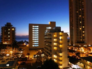 Kuhio Village Condominium 1002A