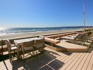 Gated Beachfront 3BR/3.5BA w/ Private Sauna & Deck