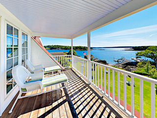 Maine Waterfront Cottage