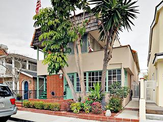 114 Onyx Avenue Townhouse
