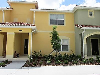 4 Bed Townhome in Resort With Great Amenities!