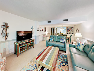 Beachfront 2BR w/ Pool & Balconies