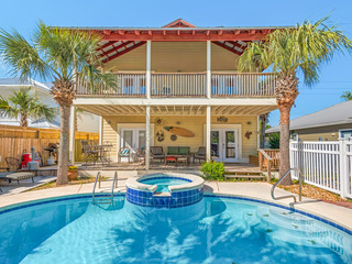3BR/3BA- Pool, Spa & Game Room, 2 Blocks to Beach