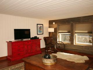 Mayfield's Cabin